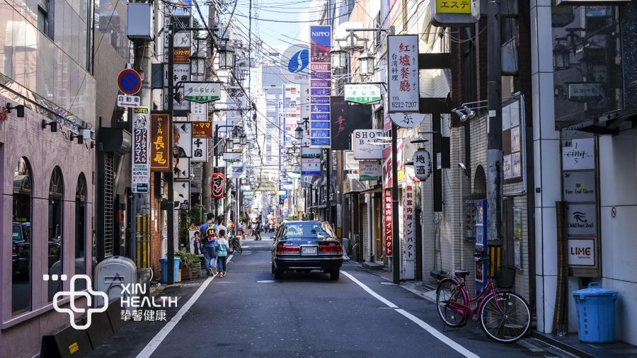 日本风味很浓的街道
