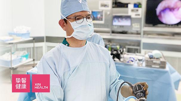 广岛大学病院 骨科手术进行中