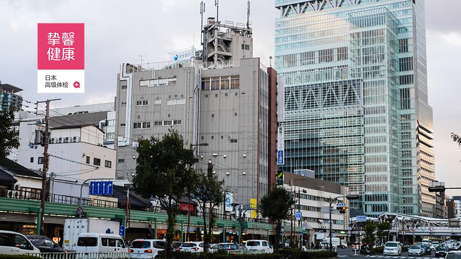 日本体检医院大楼外部景色