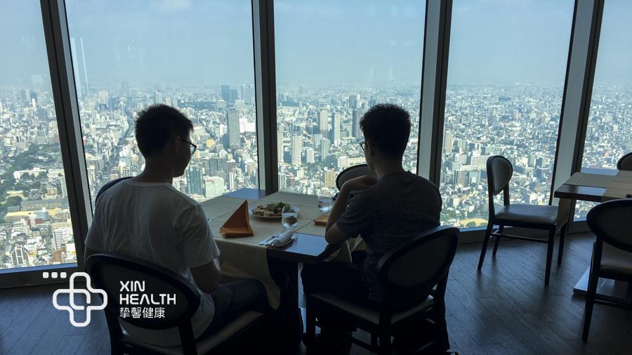日本高级体检顶楼餐厅
