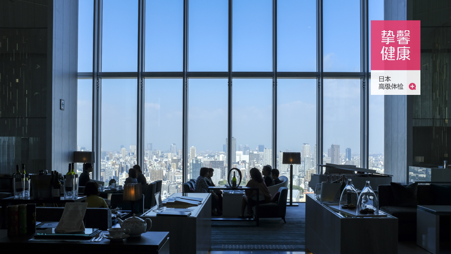 日本高级体检_顶楼的景观餐厅