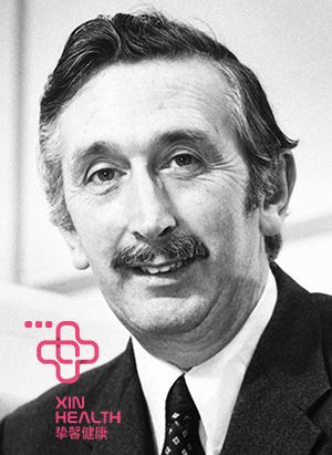 CT的发明者,英国电子工程师亨斯菲尔德(Hounsfield)