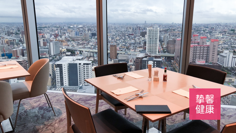 日本高级体检顶楼观景餐厅