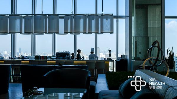 日本高级体检顶楼景观餐厅