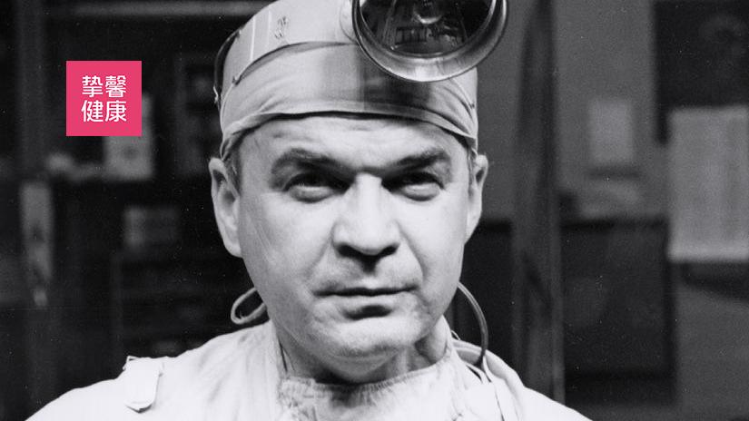外科医生 克拉伦斯·沃尔顿·李拉海