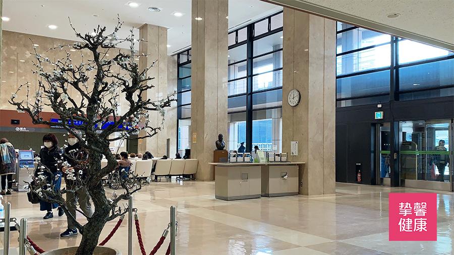 东京医科齿科大学医学部附属医院大厅