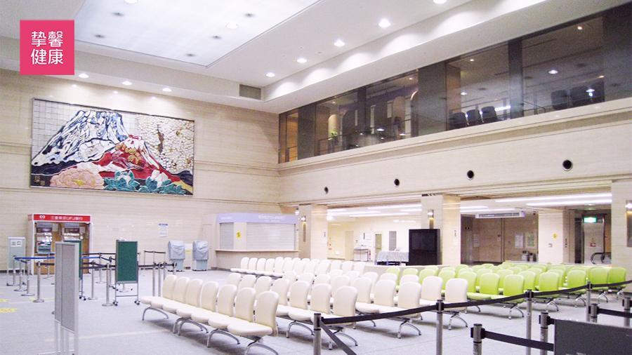 大阪大学医学部附属医院 候诊大厅