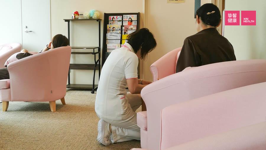 日本高级体检 护士向用户说明检查注意事项