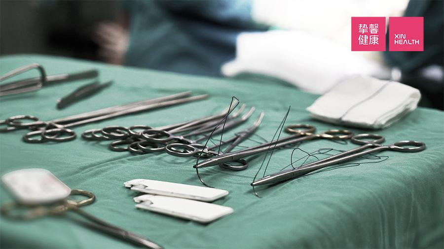 对于某些疾病来说,心理的疏导作用远远大于一场手术