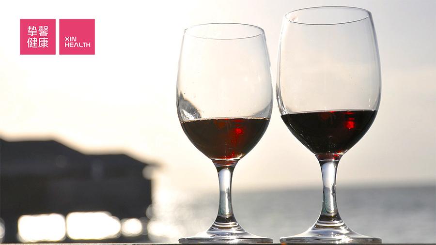 红酒里的白藜芦醇非常少 喝红酒并不能软化血管