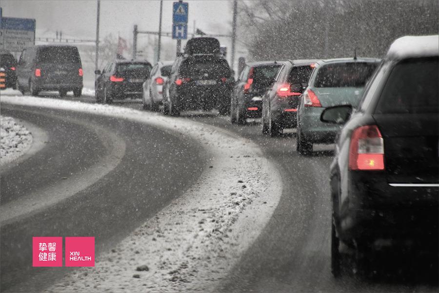 血块堵塞就像交通拥堵,稍有不慎就会引发中风
