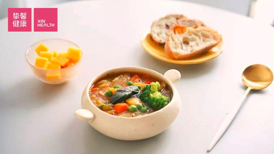 放化疗期间应该多喝蔬菜汤